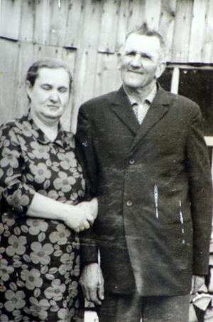 Выползовы Михаил Николаевич и Зинаида Егоровна.